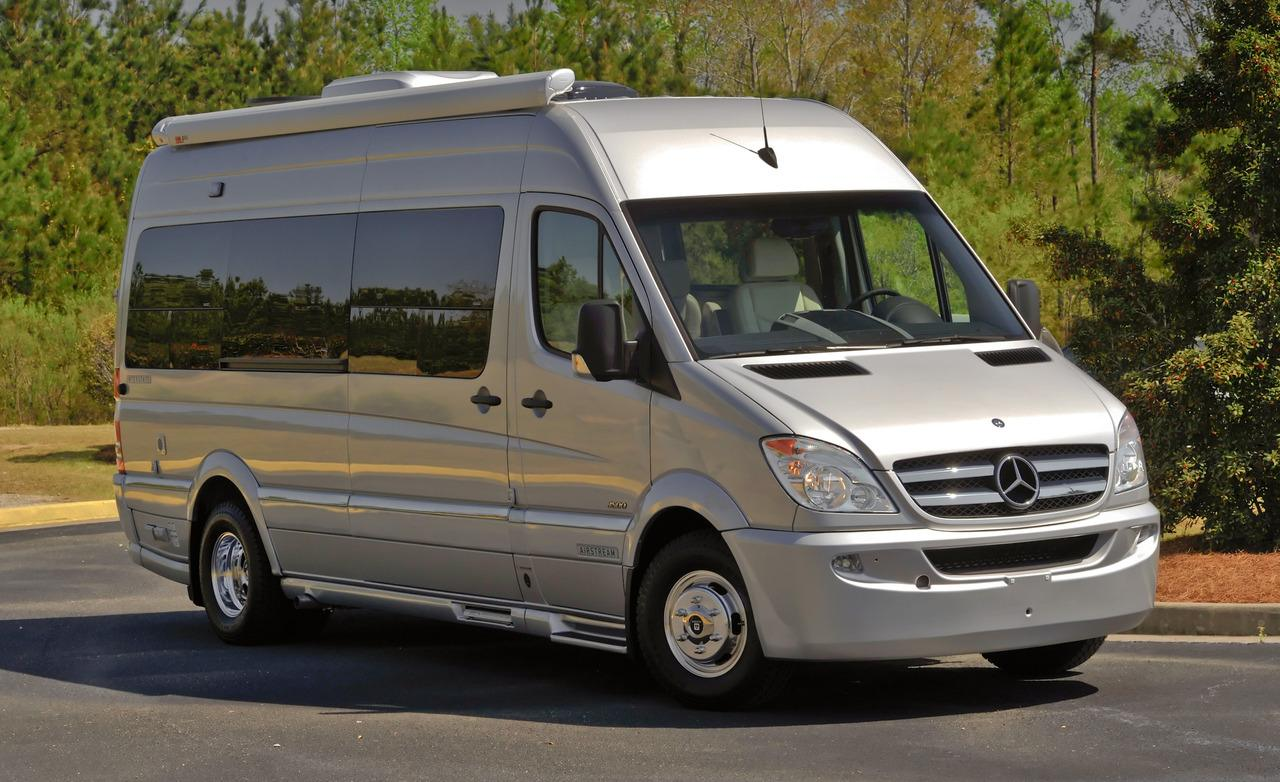 Mercedes-Benz Sprinter 224 2010 photo - 1