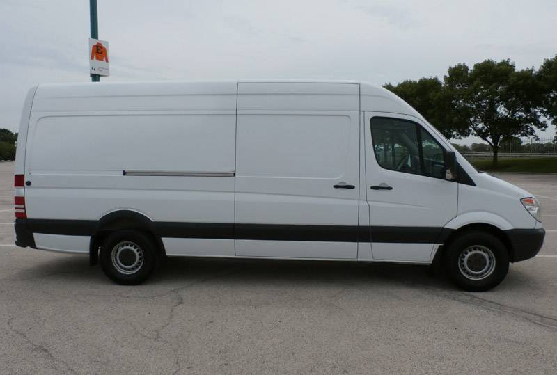 Mercedes-Benz Sprinter 224 2010 photo - 10