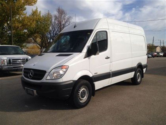 Mercedes-Benz Sprinter 224 2010 photo - 4