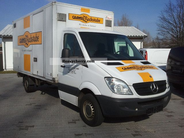 Mercedes-Benz Sprinter 309 2006 photo - 2