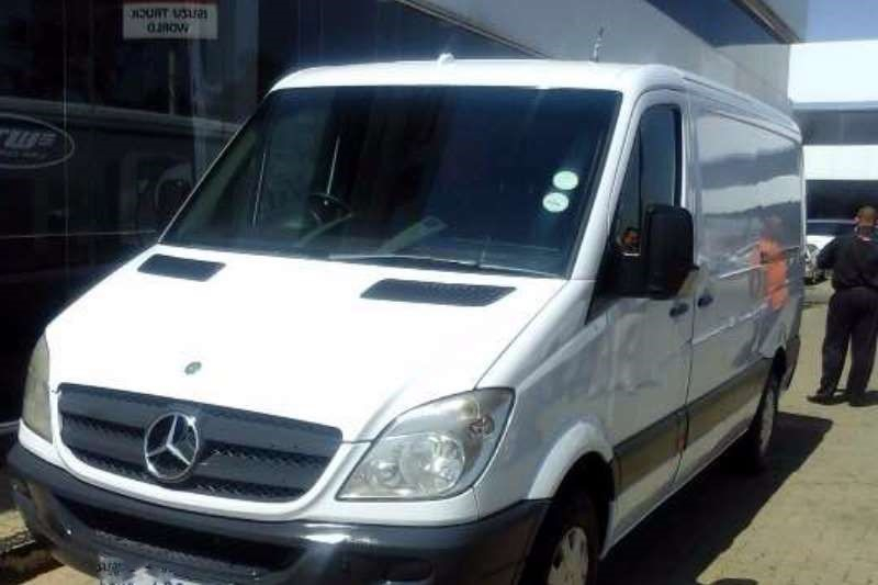 Mercedes-Benz Sprinter 309 2010 photo - 2