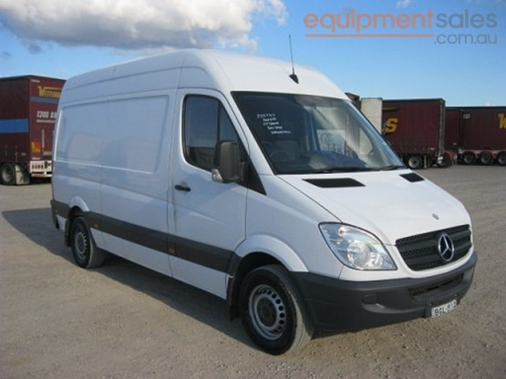 Mercedes-Benz Sprinter 309 2013 photo - 9