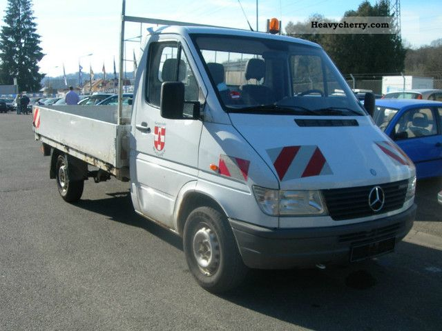 Mercedes-Benz Sprinter 310 2007 photo - 7