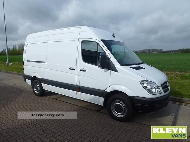 Mercedes-Benz Sprinter 310 2009 photo - 1