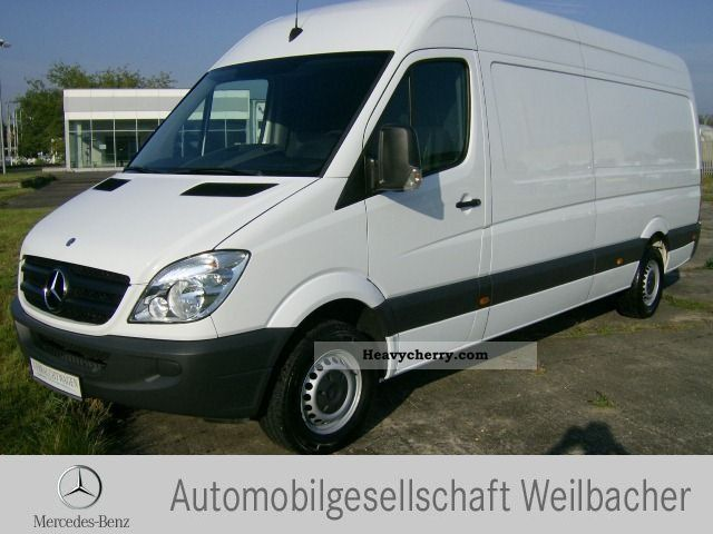 Mercedes-Benz Sprinter 310 2009 photo - 2