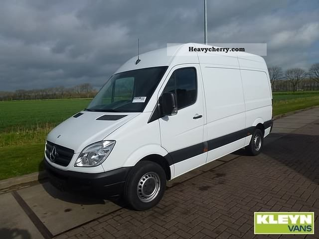Mercedes-Benz Sprinter 310 2009 photo - 4