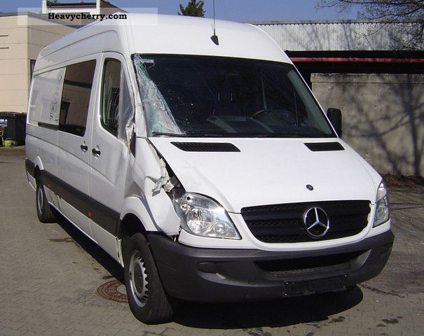 Mercedes-Benz Sprinter 310 2009 photo - 7