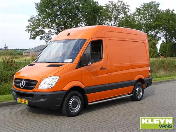 Mercedes-Benz Sprinter 310 2010 photo - 7