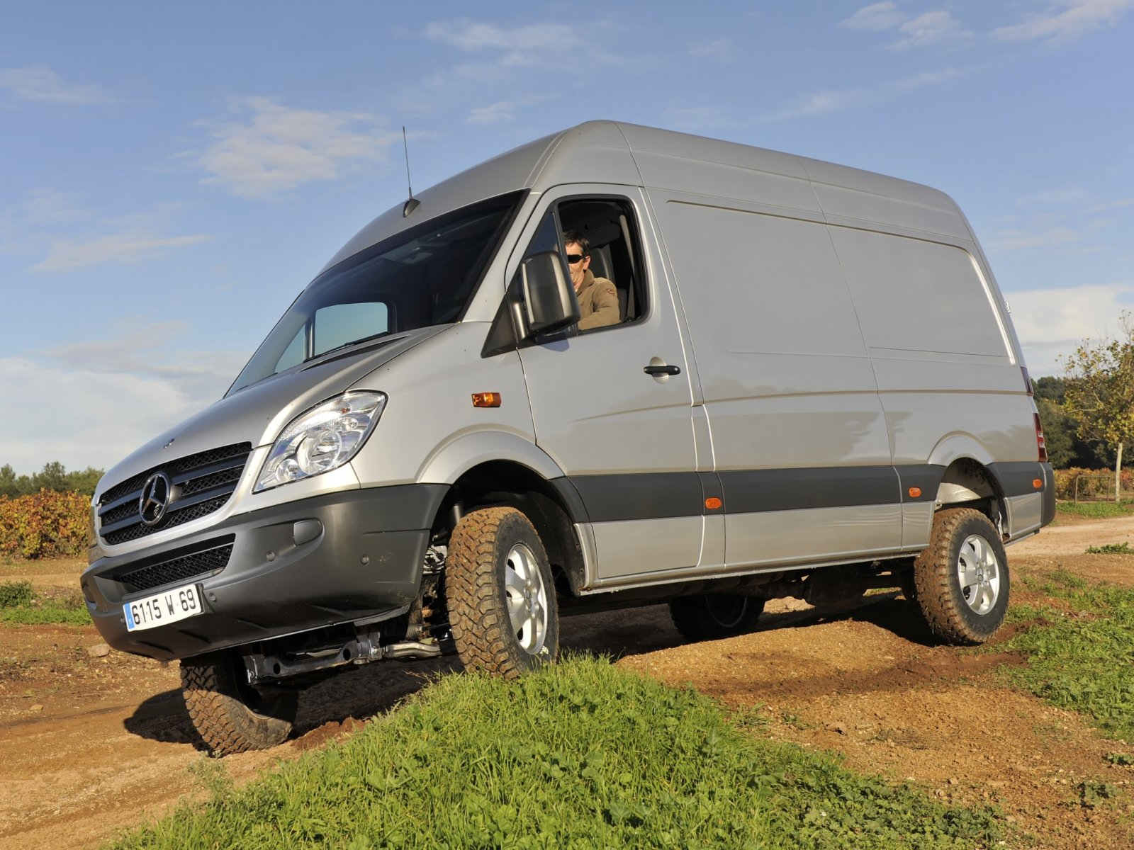 Mercedes-Benz Sprinter 310 2013 photo - 3
