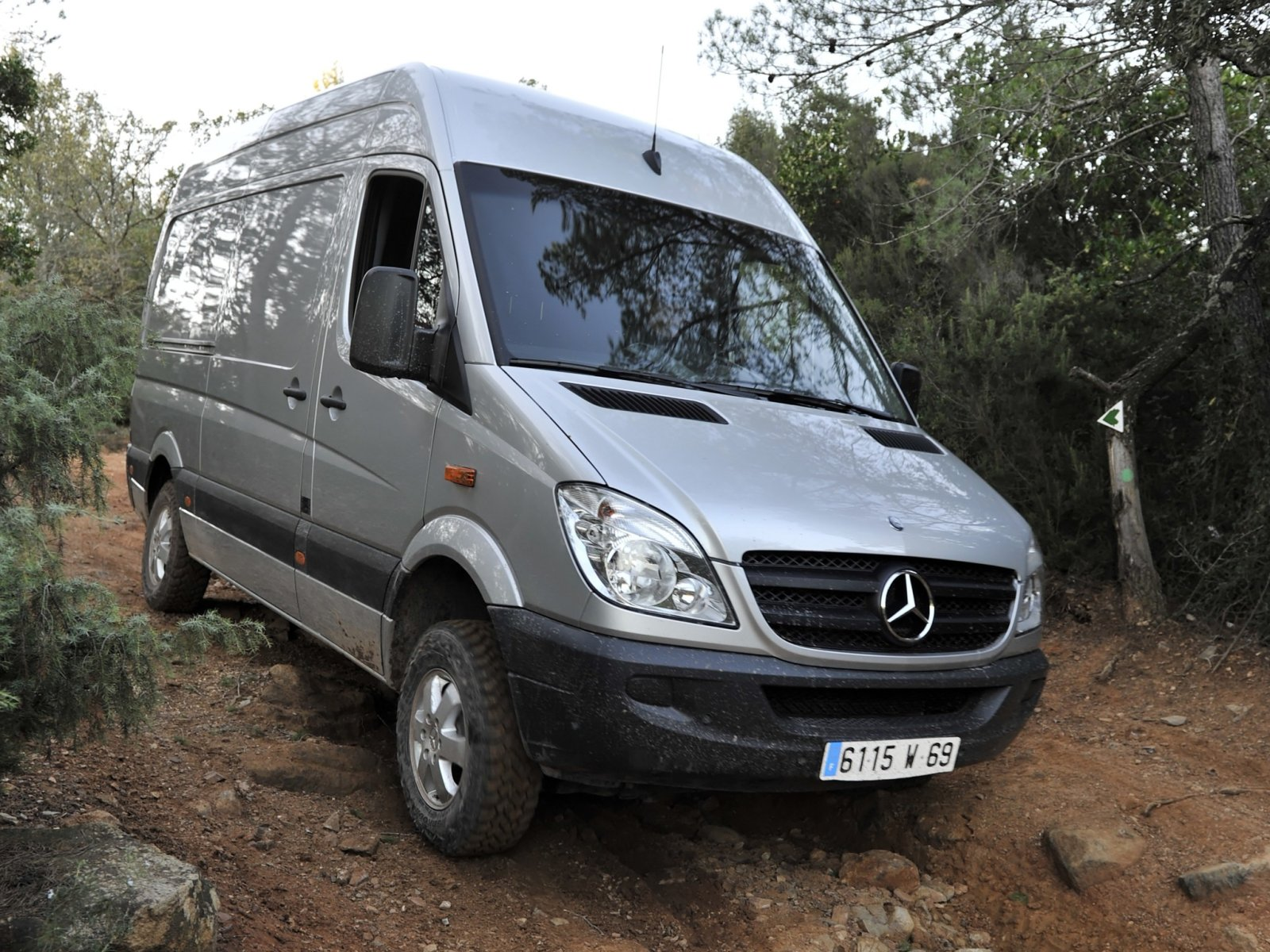 Mercedes-Benz Sprinter 310 2013 photo - 4
