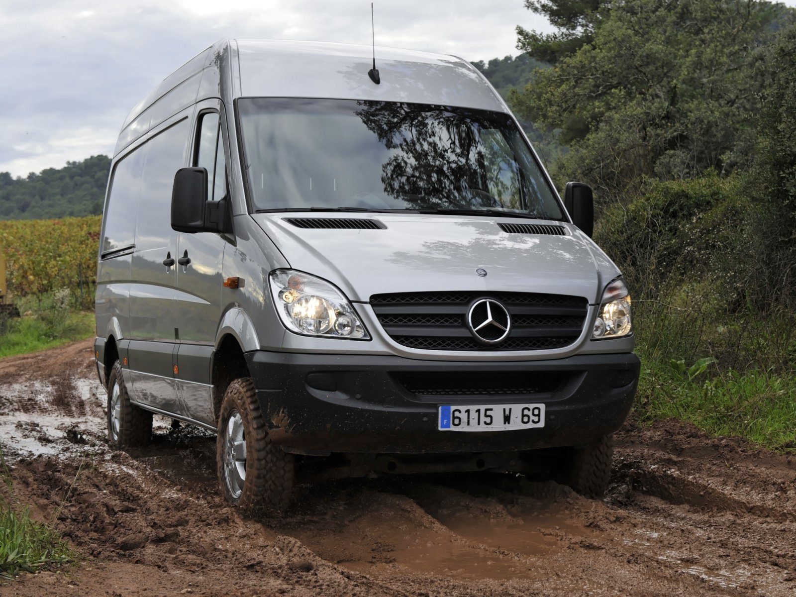 Mercedes-Benz Sprinter 310 2013 photo - 7