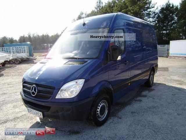 Mercedes-Benz Sprinter 311 2008 photo - 7
