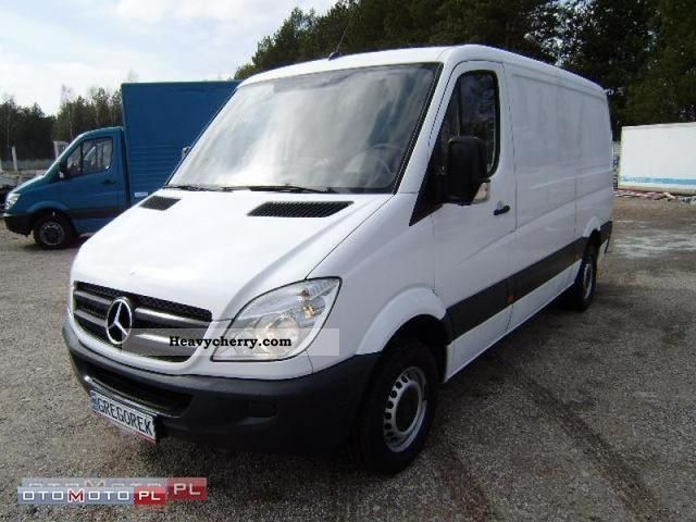 Mercedes-Benz Sprinter 311 2008 photo - 9