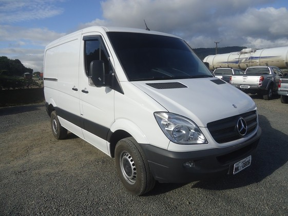 Mercedes-Benz Sprinter 311 2012 photo - 11