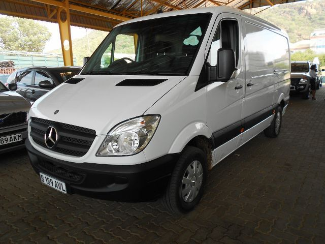 Mercedes-Benz Sprinter 311 2012 photo - 2