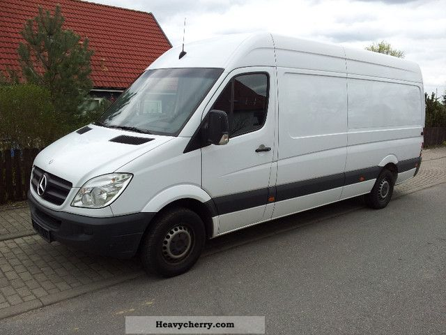 Mercedes-Benz Sprinter 315 2012 photo - 8
