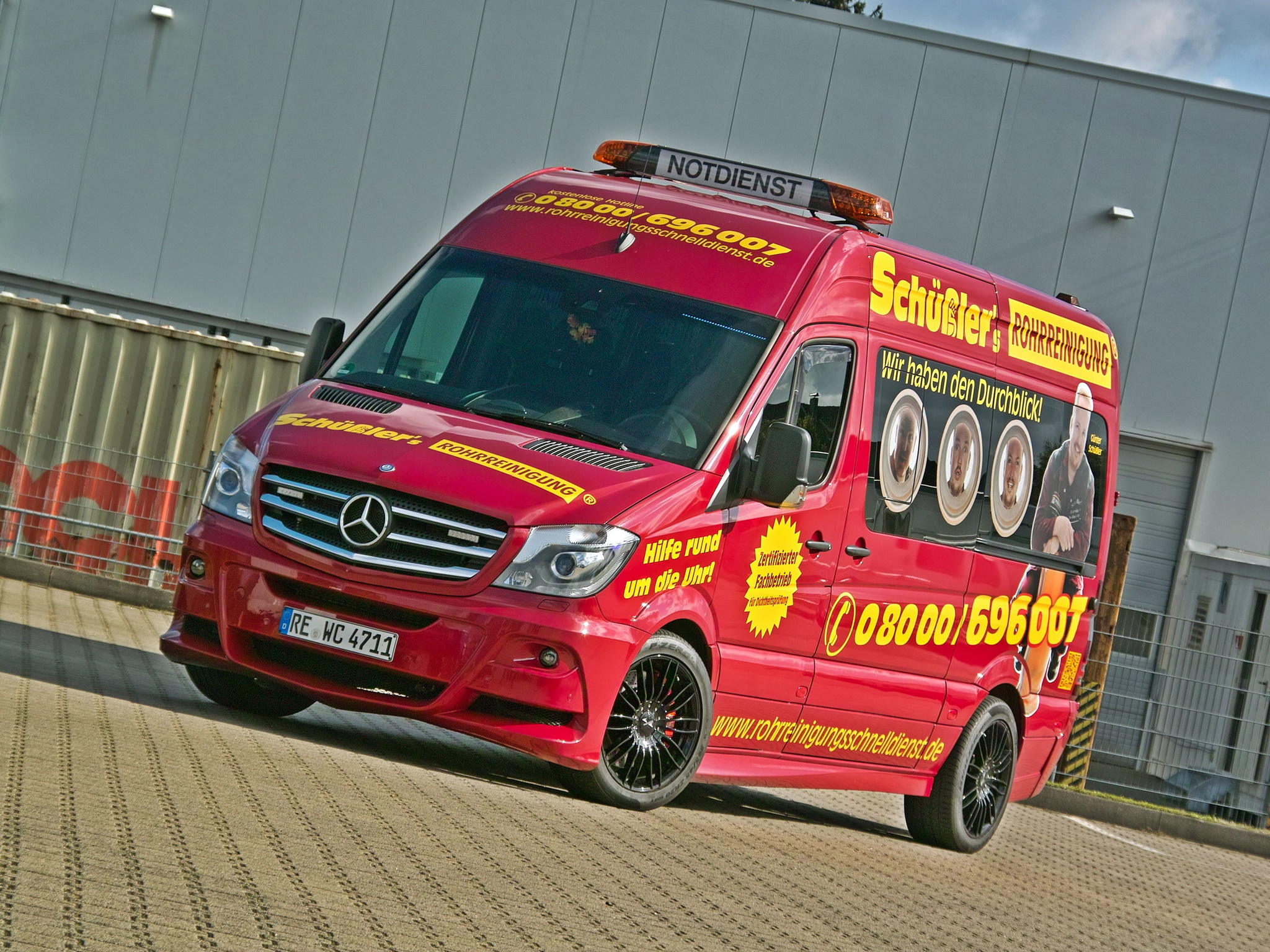 Mercedes-Benz Sprinter 319 2014 photo - 2