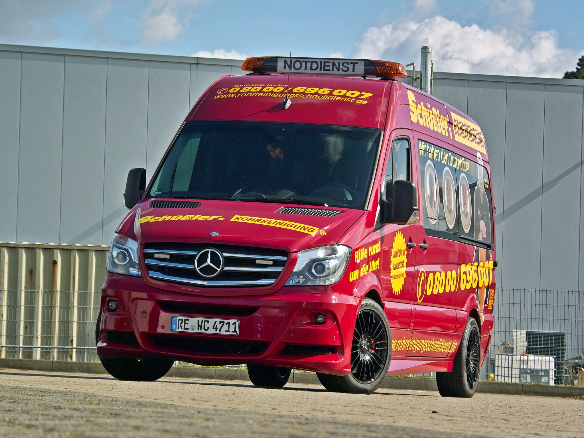 Mercedes-Benz Sprinter 319 2014 photo - 5