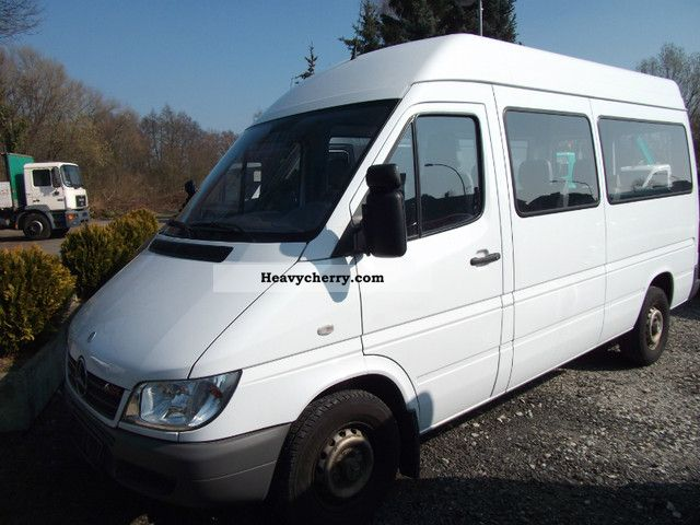 Mercedes-Benz Sprinter 324 2009 photo - 9