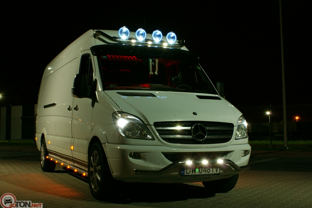 Mercedes-Benz Sprinter 324 2014 photo - 1