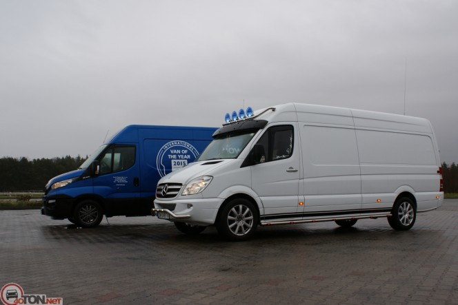 Mercedes-Benz Sprinter 324 2014 photo - 11