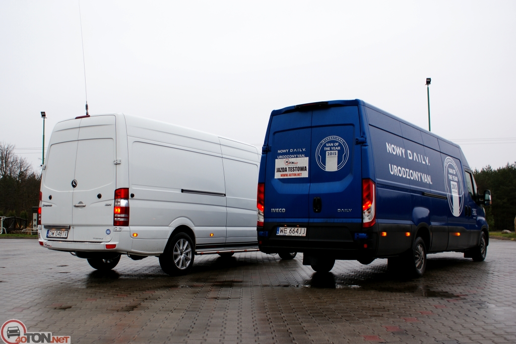 Mercedes-Benz Sprinter 324 2014 photo - 12
