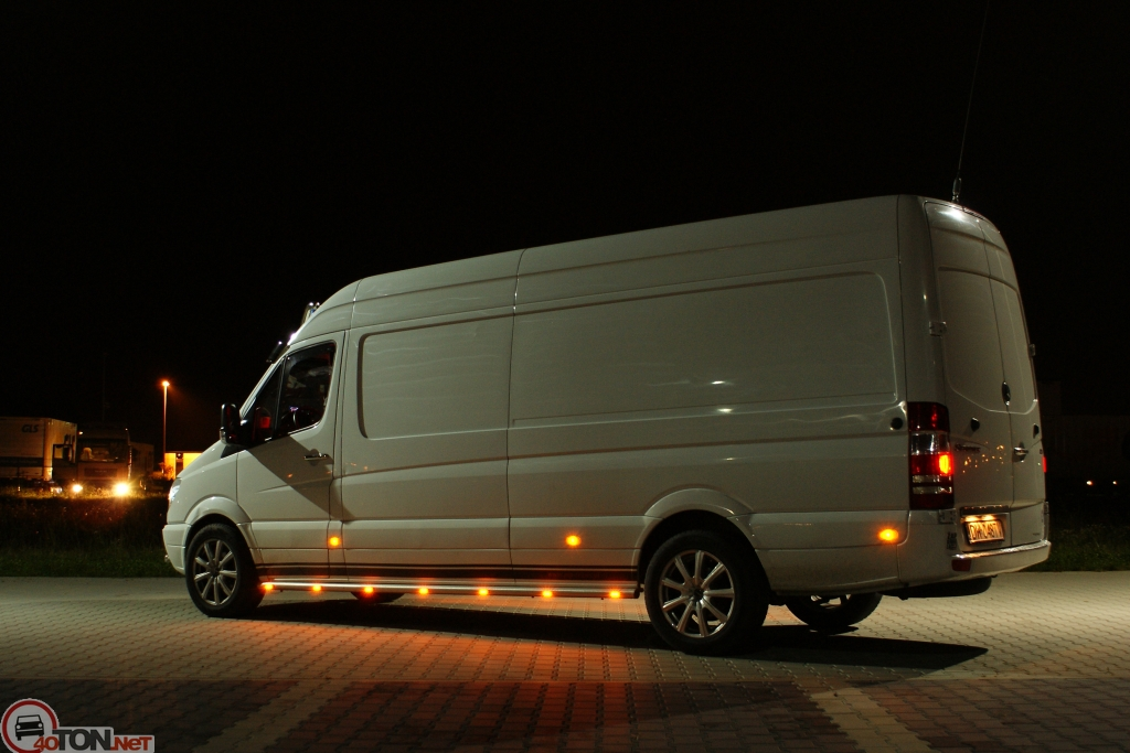 Mercedes-Benz Sprinter 324 2014 photo - 4