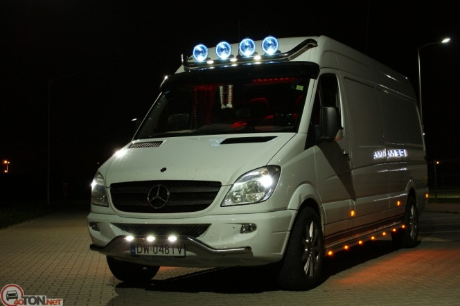 Mercedes-Benz Sprinter 324 2014 photo - 5