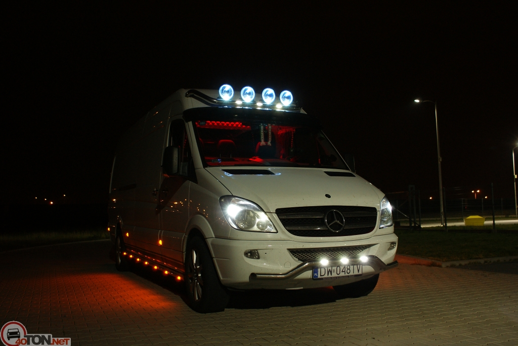 Mercedes-Benz Sprinter 324 2014 photo - 8