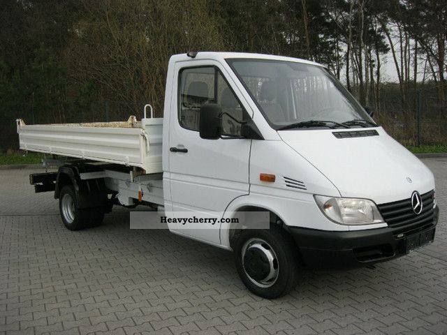 Mercedes-Benz Sprinter 411 2012 photo - 2