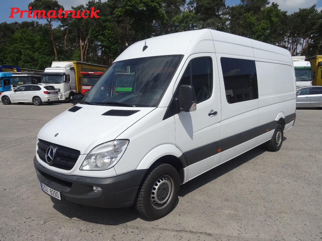 Mercedes-Benz Sprinter 411 2012 photo - 9