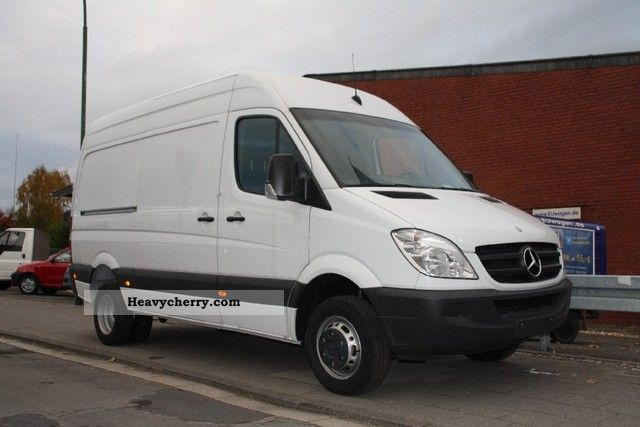 Mercedes-Benz Sprinter 413 2012 photo - 11