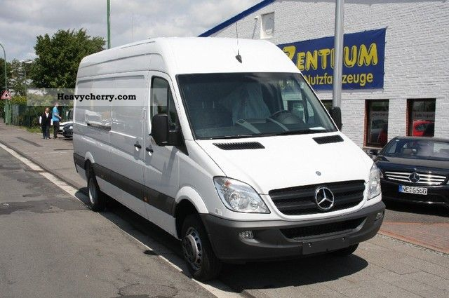 Mercedes-Benz Sprinter 419 2012 photo - 7
