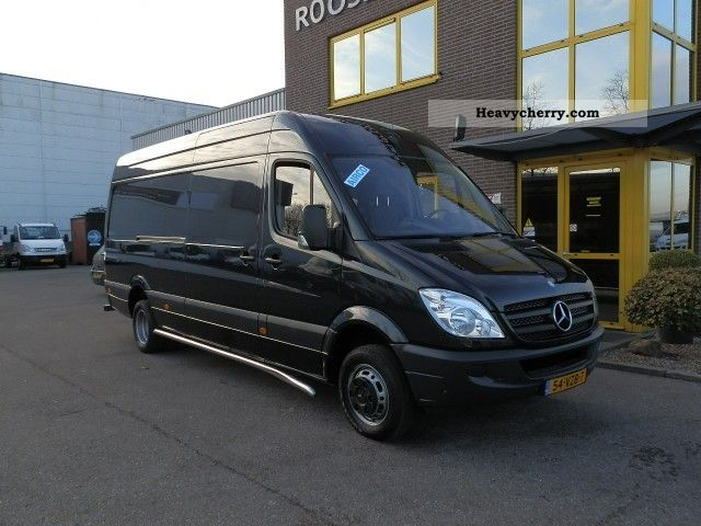 Mercedes-Benz Sprinter 511 2011 photo - 2