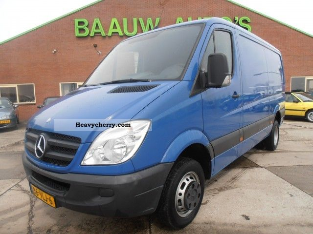 Mercedes-Benz Sprinter 511 2012 photo - 1