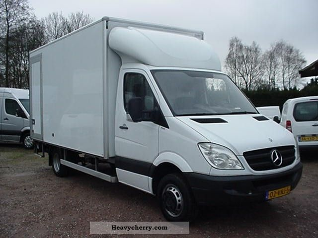 Mercedes-Benz Sprinter 511 2012 photo - 6
