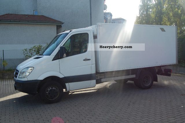 Mercedes-Benz Sprinter 515 2006 photo - 11