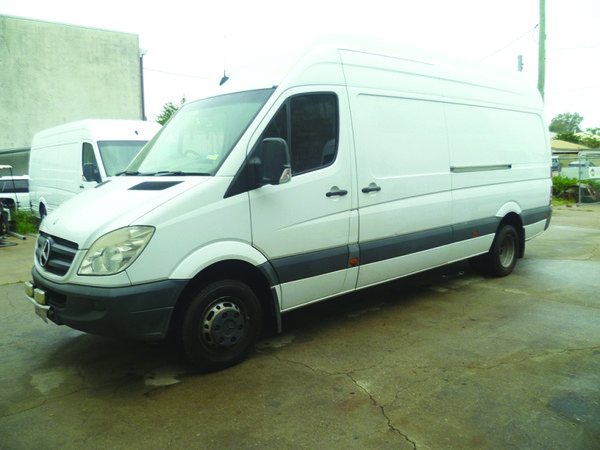 Mercedes-Benz Sprinter 515 2008 photo - 4
