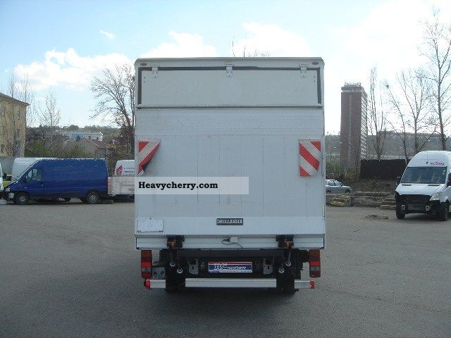 Mercedes-Benz Sprinter 515 2009 photo - 11