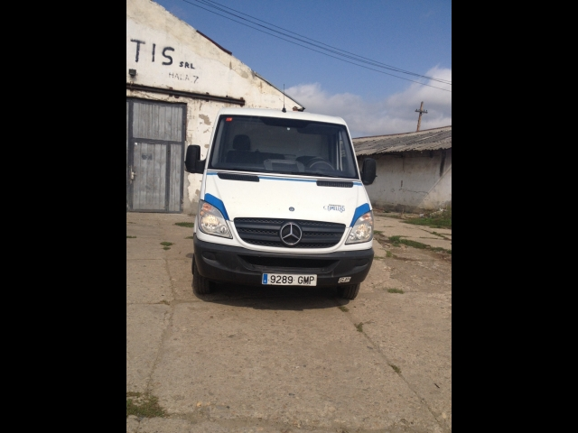 Mercedes-Benz Sprinter 515 2009 photo - 12
