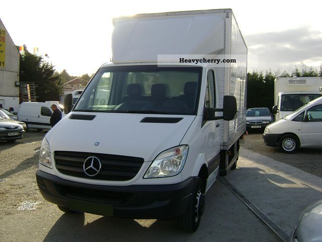 Mercedes-Benz Sprinter 518 2012 photo - 11