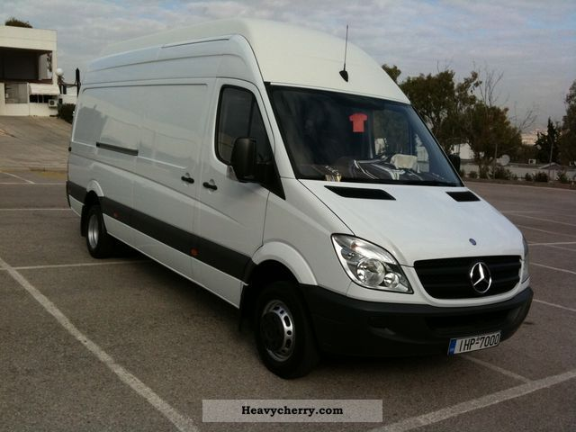 Mercedes-Benz Sprinter 518 2012 photo - 6