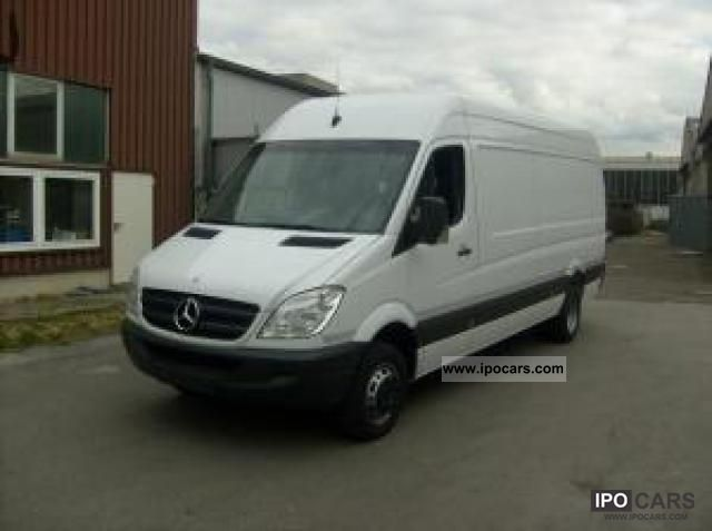 Mercedes-Benz Sprinter 519 2011 photo - 12