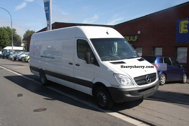 Mercedes-Benz Sprinter 519 2011 photo - 8