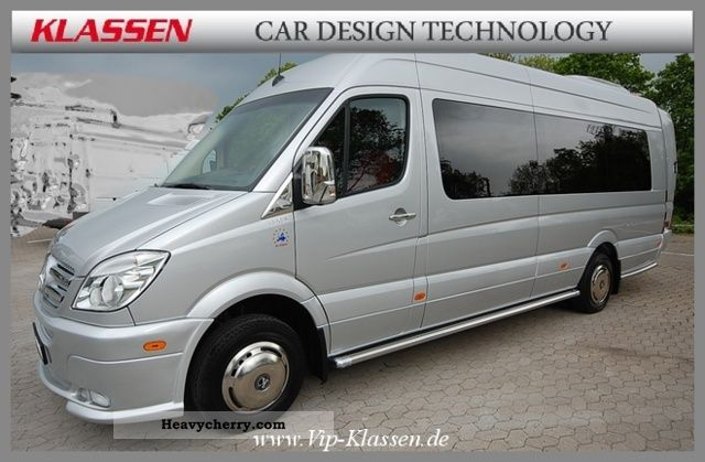 Mercedes-Benz Sprinter 519 2011 photo - 9