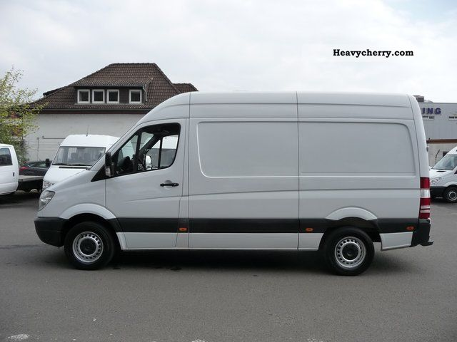 Mercedes-Benz Sprinter 524 2008 photo - 11