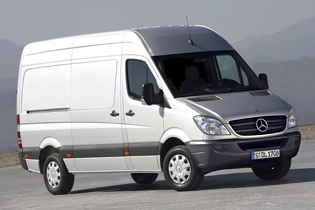 Mercedes-Benz Sprinter 524 2008 photo - 2