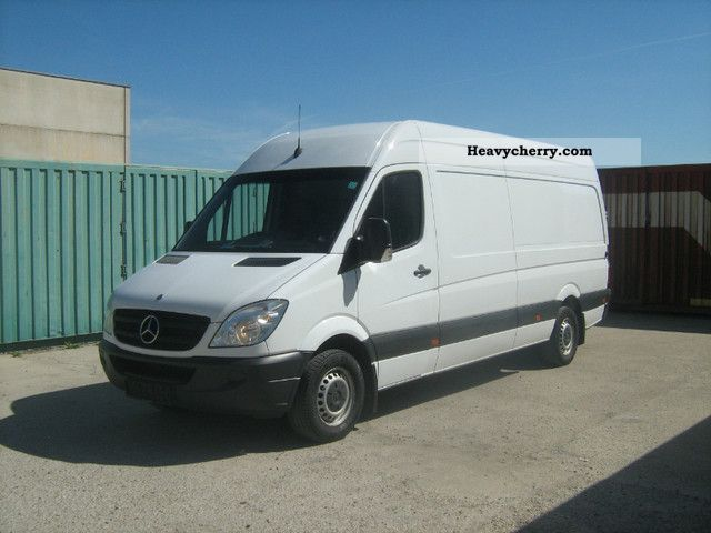 Mercedes-Benz Sprinter 524 2008 photo - 6