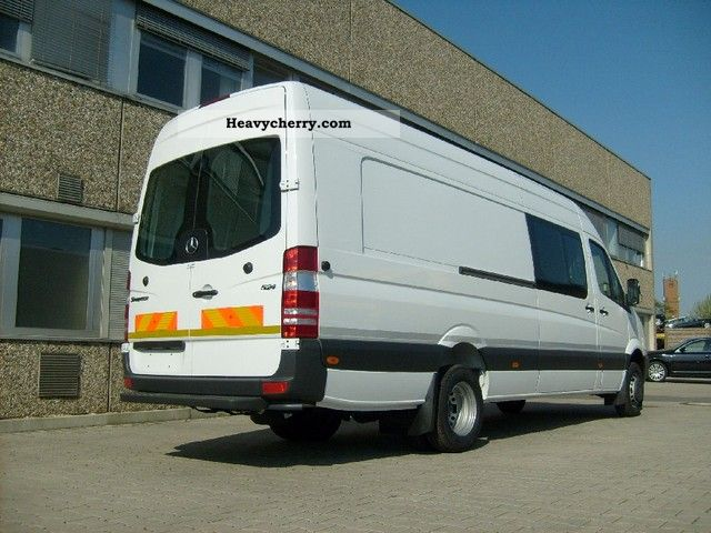Mercedes-Benz Sprinter 524 2011 photo - 3