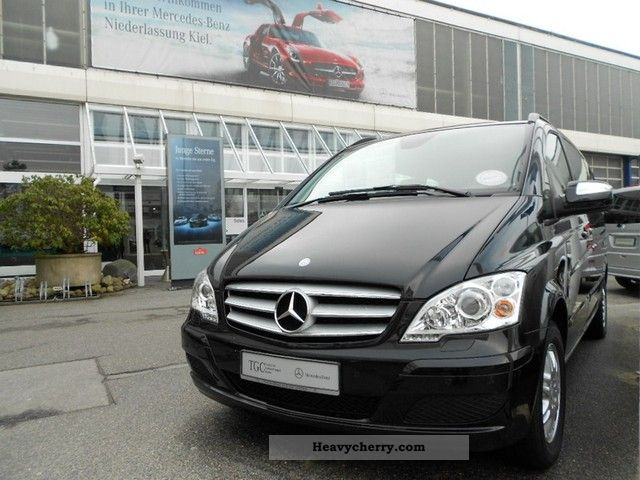 Mercedes-Benz Viano 2.0 2010 photo - 4